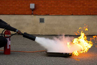 brandutbildning, brandkurs för företag, - Foto: Wasim Hentati tel. 070-2736853 - HLR Experten